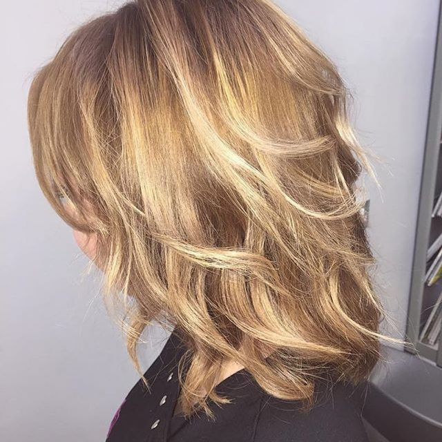 Amazing new hair on our very own team member Annahellip
